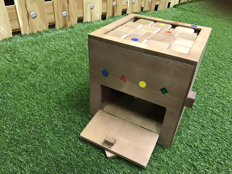 развивающая игра для детей от 3 лет
